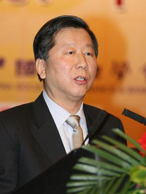 图文:中国证券监督管理委员会主席尚福林讲话