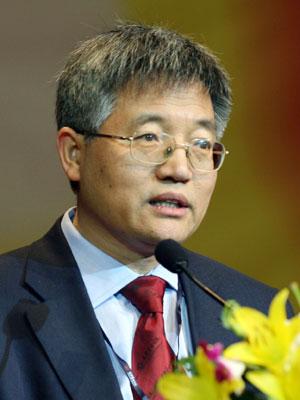 图文:北京大学光华管理学院院长张维迎