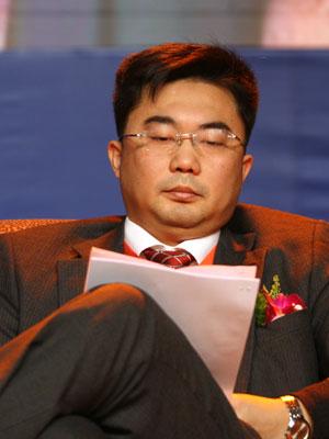图文:中国银监会研究局副局长范文仲