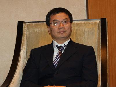 图文:文化部政策法规司副司长孙若风