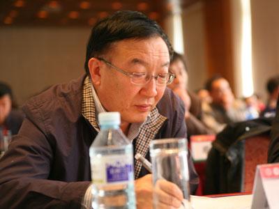 杨雨前:出版业不应被转企改制所吓倒