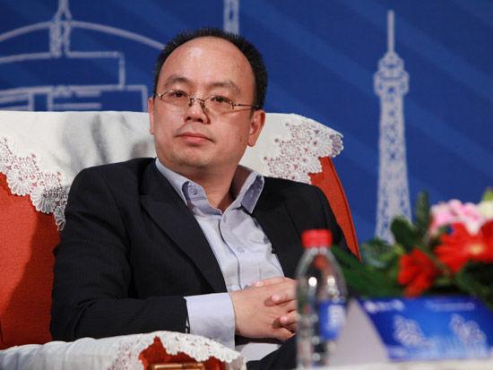 2012第五届中科院青年创业大赛开幕式于4月28日在北京举行。上图为易宝支付首席执行官唐彬。(图片来源:新浪财经 梁斌 摄)