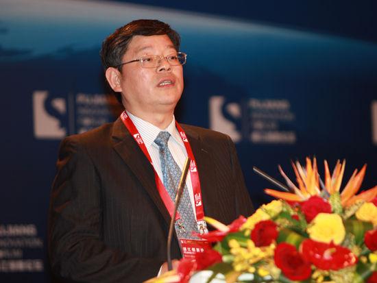 """由国家科学技术部和上海市政府共同主办的""""2012浦江创新论坛""""于11月2日-3日在上海召开。上图为南京市副市长罗群。(图片来源:新浪财经 梁斌 摄)"""