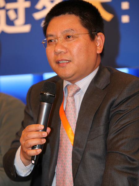 """""""2012(第十一届)中国企业领袖年会""""于2012年12月7日-9日在北京举行。上图为均瑶集团董事长王均金。(图片来源:新浪财经 梁斌 摄)"""