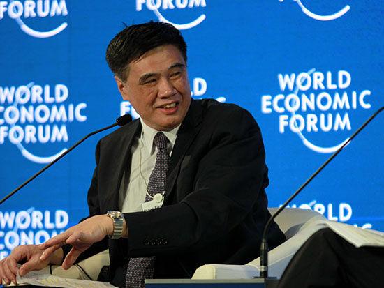 """""""2015夏季达沃斯""""于9月9日-11日在大连举行。上图为中国国际经济交流中心副理事长张晓强。(图片来源:新浪财经)"""