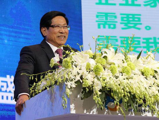 """""""首届全球社会企业家生态论坛""""于2015年11月25日-27日在北京召开。上图为全国人大代表罗崇敏。(图片来源:新浪财经)"""