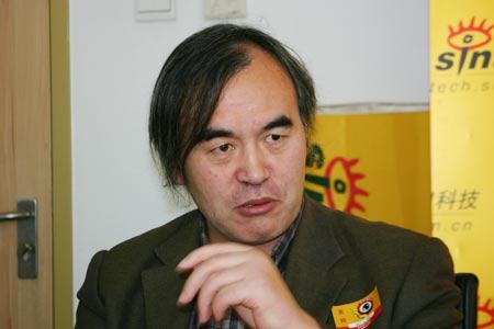 著名的宏观经济学家、中国社会科学院经济所研究员、清华大学世界经济研究中心教授袁钢明先生