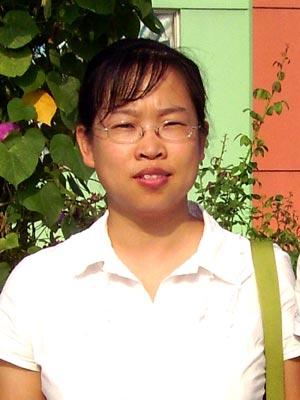 黄骅信誉楼商贸有限公司常务副总经理罗茂莲