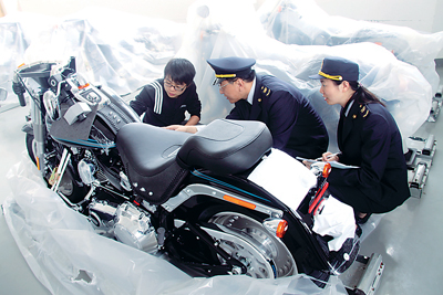 福建口岸首次进口世界顶级品牌高档重型摩托车