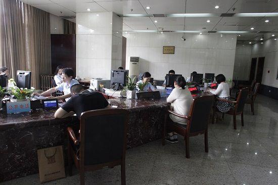 杭州上城区法院积极推进立案登记制改革