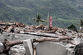 台东重灾区太麻里乡洪水冲垮桥梁