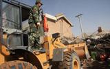 武警交通队机械设备赶到灾区