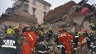 宁波居民楼倒塌现场曝光 1获救者伤重身亡