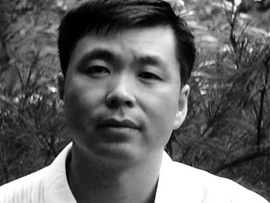 河南政协常委自称反对平坟被批 发微博忏悔