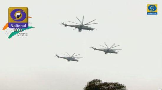 现场的MI-35直升机