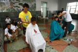 图文:灾区孩子长春上学