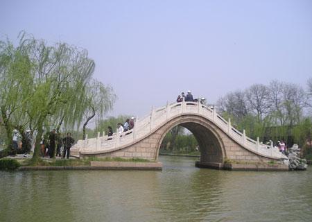 扬州景点:二十四桥明月夜 烟花三月瘦西湖(图)