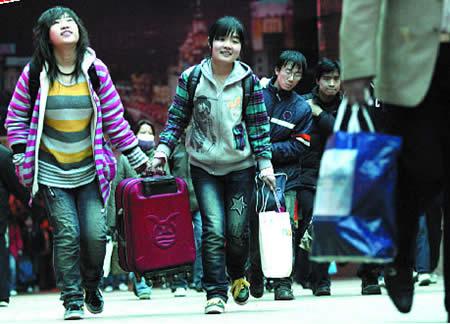 上海今晚将现返程客流高峰