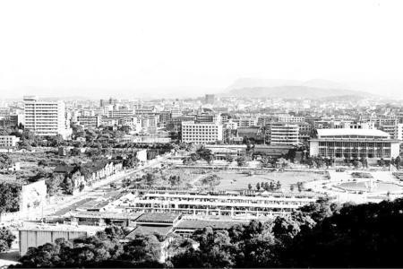 组图:福州江滨路和五一广场