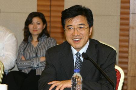 2008感动中国推委会成员:杜玉波(图)