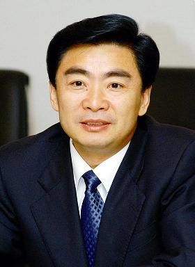 中央批准王荣调任深圳市委副书记