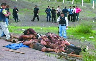 墨西哥毒贩疯狂报复杀12名警察