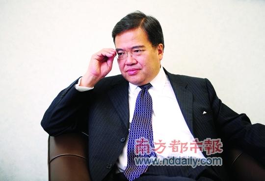 香港医管局主席胡定旭谈医改:医院要脱离政府