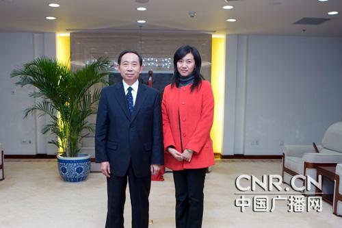 袁贵仁称将逐步解决学生择校及减负等问题