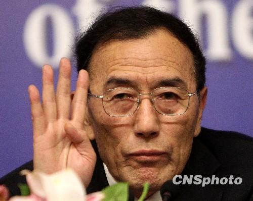 向巴平措:西藏没有遮遮掩掩的东西