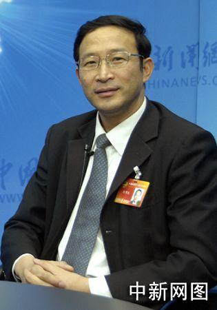 陈章良:努力解决贫困山区孩子们的继续上学问题