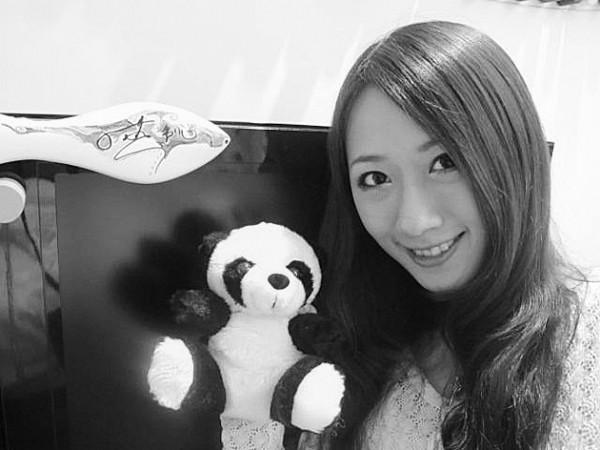 熊猫第一素颜直播