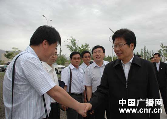 张春贤视察新疆生产建设兵团农二师
