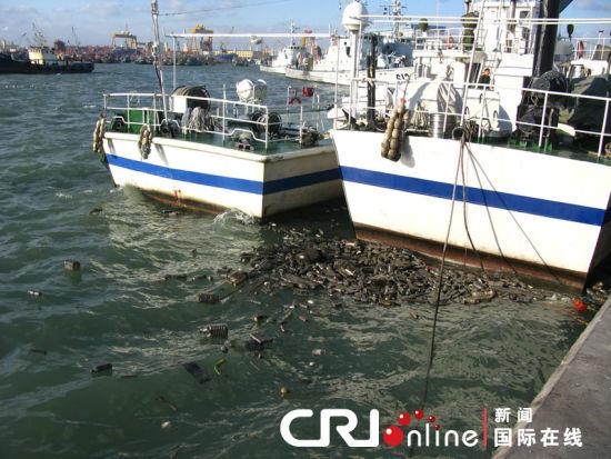 近海水面十分污浊。图片来源:CFP
