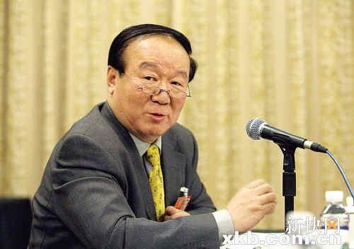 蒋效愚委员称,相信随着经济的繁荣和发展,中国也会涌现很多林书豪的。 新华社发(资料图)