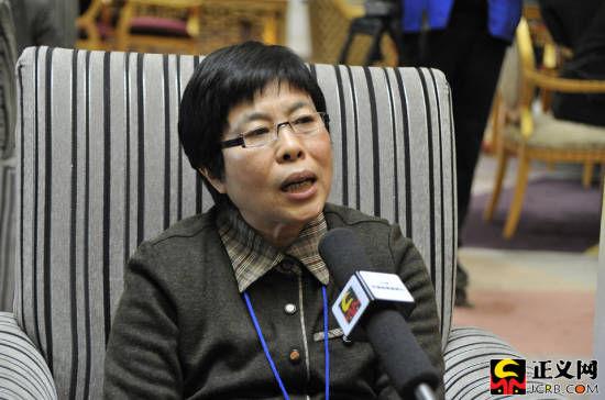 全国人大代表、广州市律师协会名誉会长陈舒。谢天维/摄
