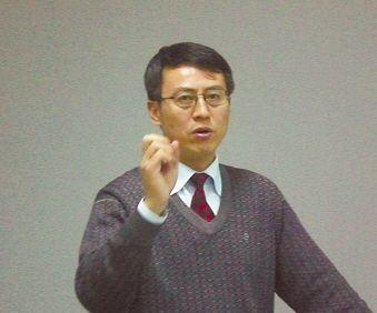 莫于川 人大法学院教授,人大版《行政诉讼法》修改建议稿课题组主持人