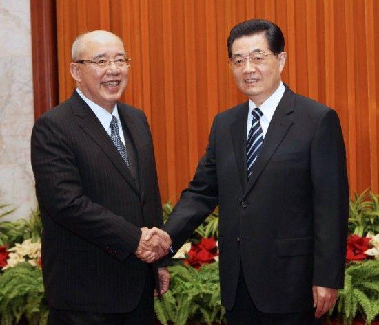 3月22日,中共中央总书记胡锦涛在北京人民大会堂会见中国国民党荣誉主席吴伯雄。