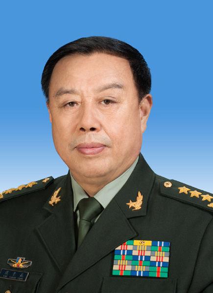 中央政治局委员范长龙同志