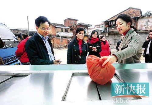 广州城管委回应环卫工涨薪难 称无法规难操作
