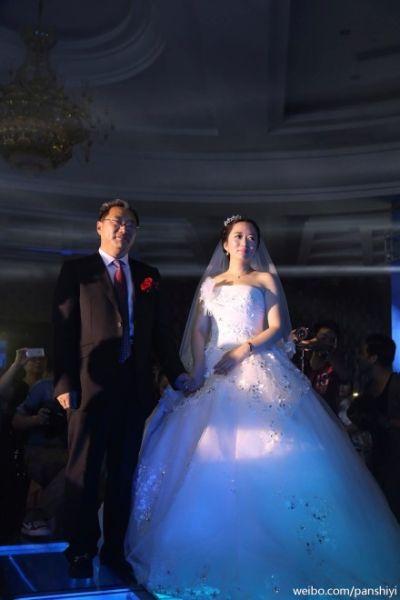 王功权女儿婚礼现场(图片来自于潘石屹微博)