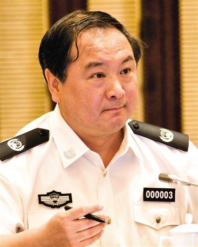公安部原副部长 李东生