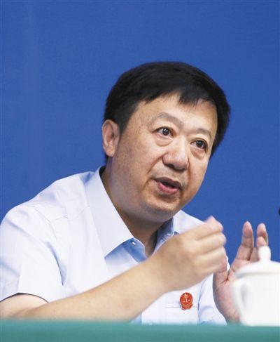 贺小荣 最高法院司法体制改革领导小组办公室主任