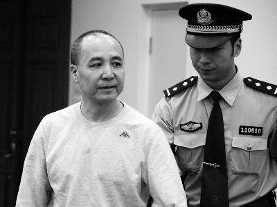 2013年9月,54岁的昆明铁路局原局长闻清良因涉嫌受贿,在北京市第二中级人民法院进行了公开审理。 资料图