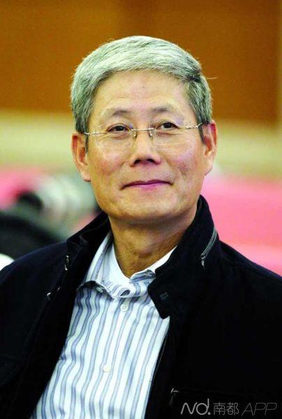 华润集团董事长傅育宁
