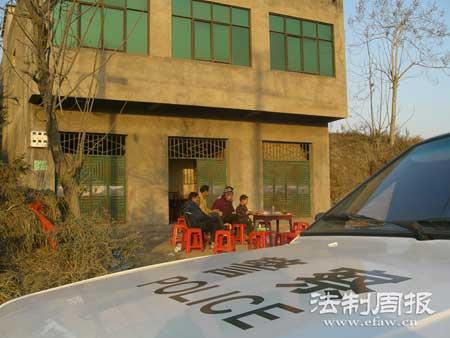 湖北警方初步锁定红安灭门案疑凶(组图)