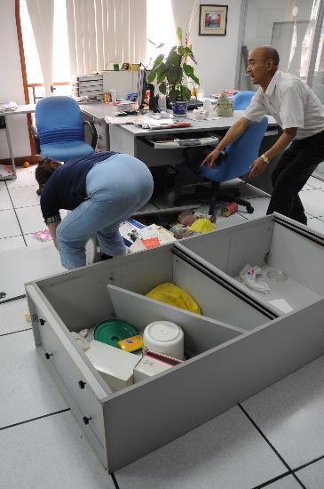 图文:四川汶川发生地震