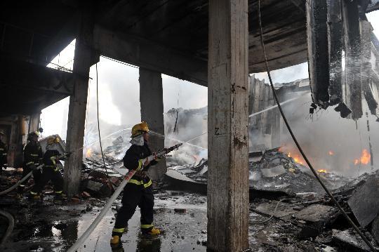 广西宜州化工厂爆炸8人死亡55人受伤(组图)