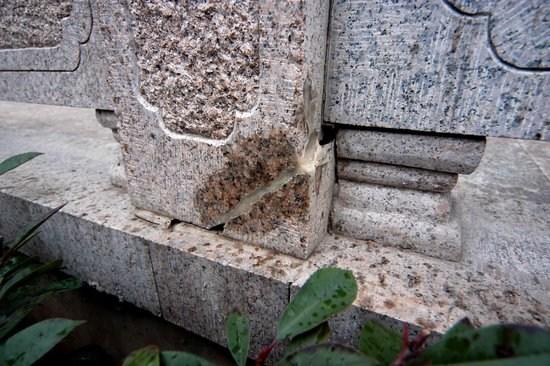 南京立案调查用胶水糊大桥裂缝事件(组图)