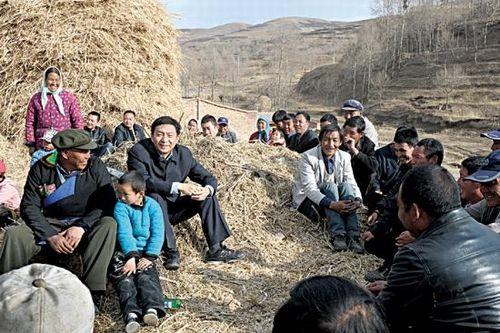 《人民日报》2013年9月16日有篇报道,标题是《骆惠宁:听不到真话 根子在领导》,在互联网上引发大量转载和评论,读后发人深思。