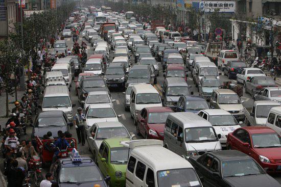 地震一周年见闻:都江堰北川城区交通堵塞严重